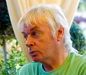 English: David Icke, English writer and public...